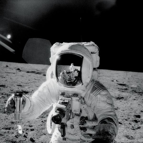 600px-Apollo12Visor