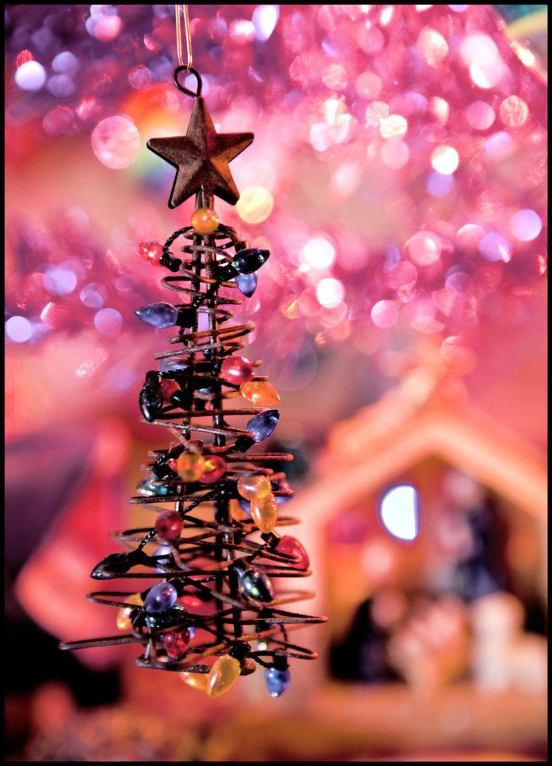Wire-Xmas-Tree-#1