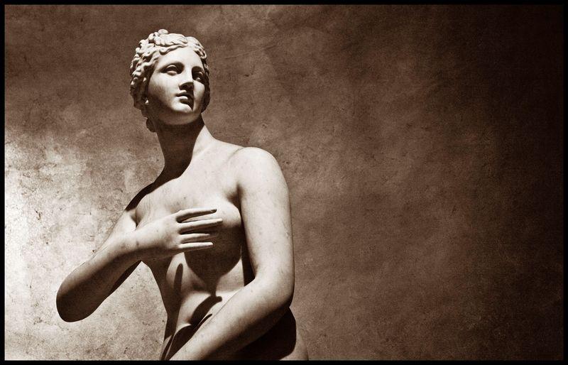 Venus-De-Medici-@- Ceasar's-#2