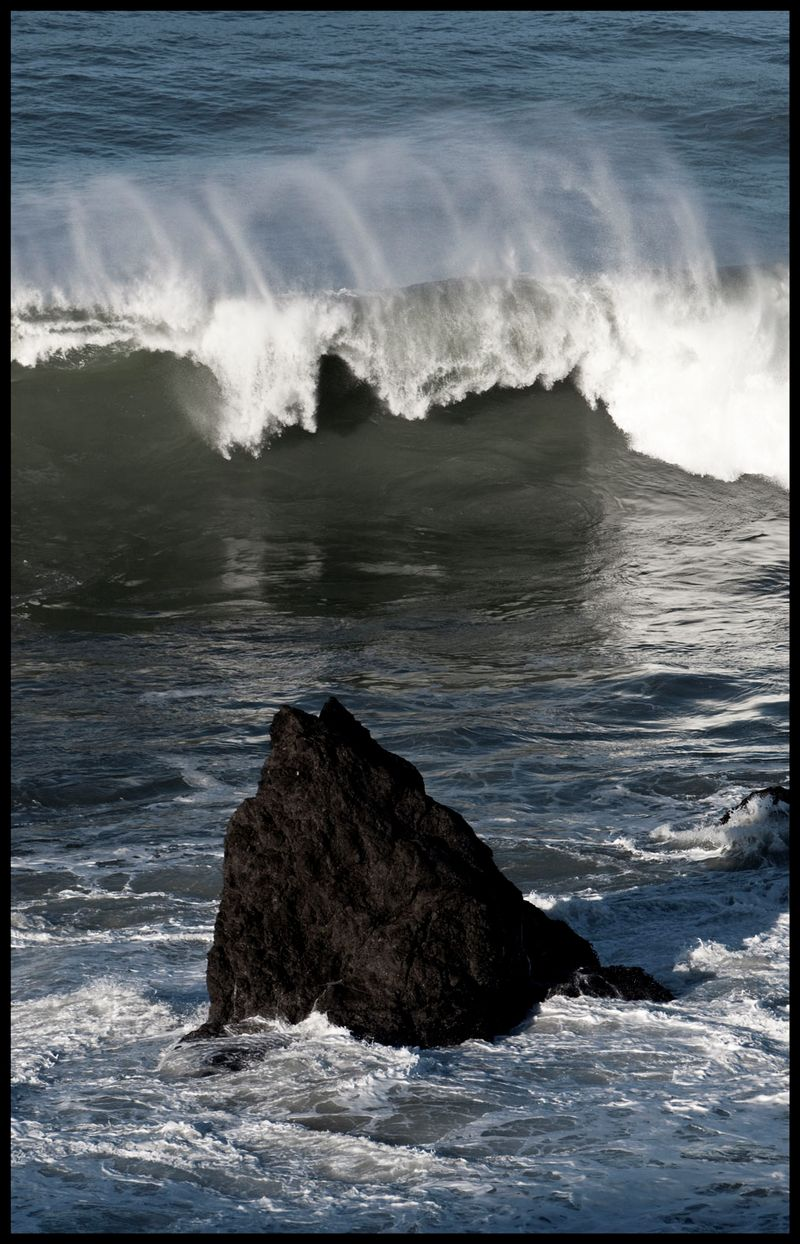 Big-Waves-at-Temple-Rock-#2