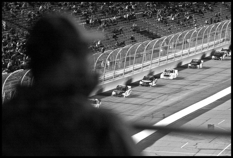 Race Fan-Lucas-Oil-150-#2
