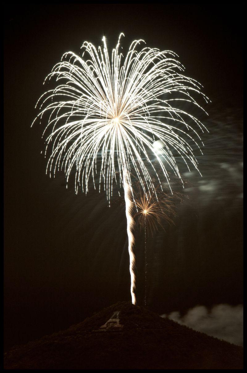 A-Mountain-Fireworks-#2
