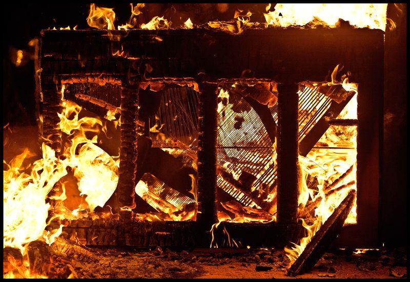 18th-Annual-Piano-Burn-#3