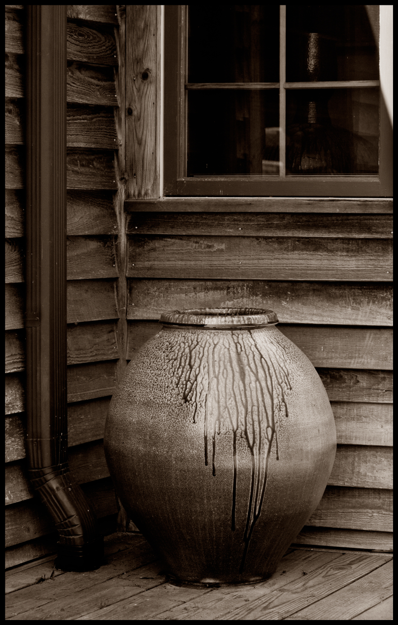 Hewitt-Side-Porch-Pot-#17