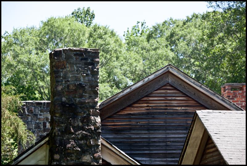 House-With-Three-Chimneys-#17
