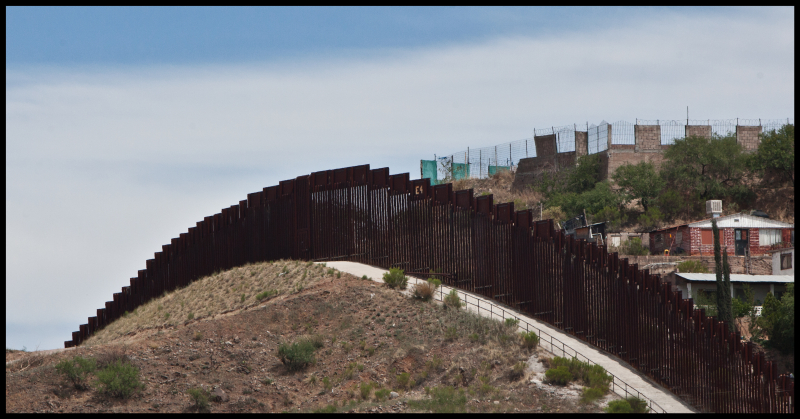 The-Fence-Nogales-#18
