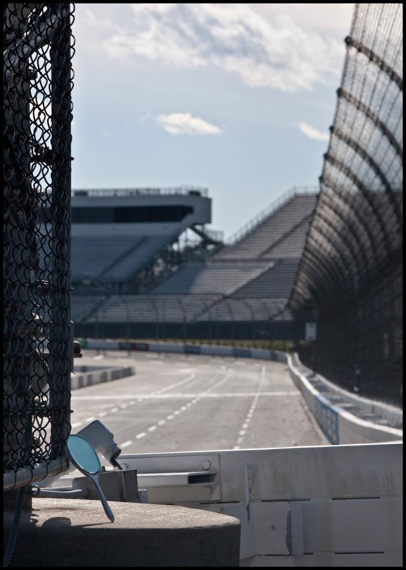 NM-Martinsville-Speedway-#19